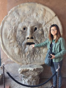 Jamie Baik '14, Studio Art major, in Italy